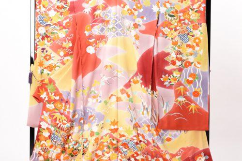 最高級の京友禅振袖、朱色を中心とした古典柄